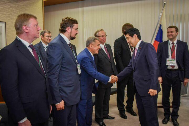 Минниханов принял участие во встрече с Премьер-министром Японии Синдзо Абэ