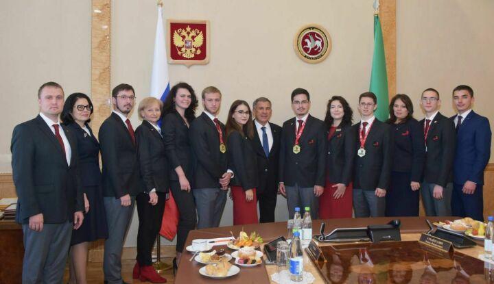 Минниханов призерам Euroskills: Нужно получить право выступить за сборную РФ
