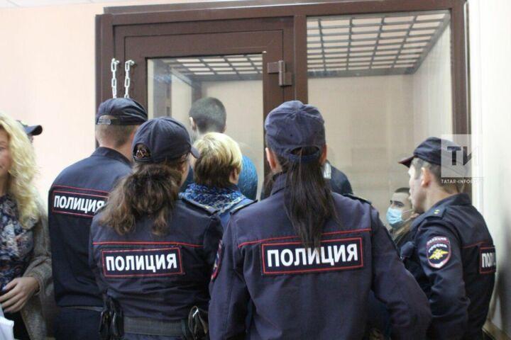 Участникам ОПГ «Новотатарские» продлили арест на полгода