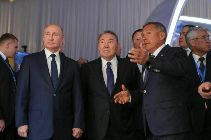 Минниханов презентовал Путину и Назарбаеву туристический потенциал Татарстана