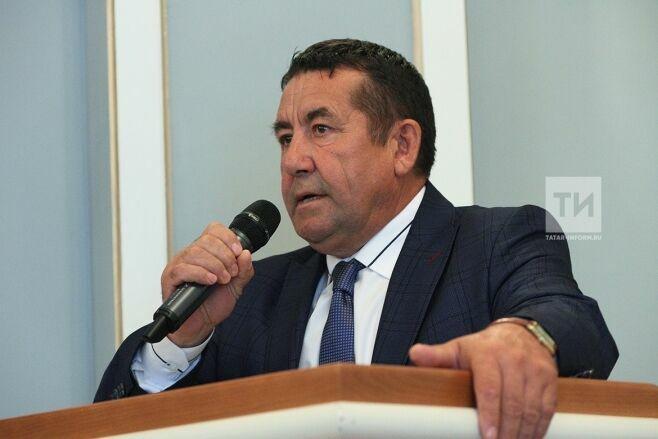 Председатель Союза писателей РТ предложил установить памятник стихотворению Тукая «Туган тел»