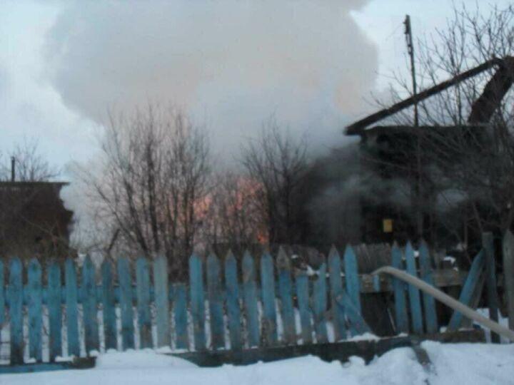 Погибший на пожаре в Татарстане мужчина был сыном хозяйки дома