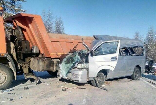 Появились фотографии с места смертельного ДТП в Якутии