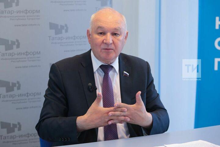 Ильдар Гильмутдинов озаконопроекте ородных языках: «Все услышали республики»