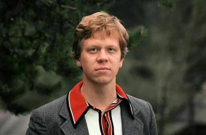 Скончался Ленька из фильма «Любовь и Голуби»