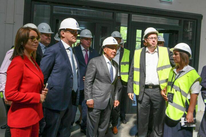 Рустам Минниханов ознакомился с новым заводом каркасов кабин ПАО «КАМАЗ»
