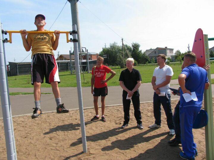 Жители Алексеевского района РТ сдали нормы ГТО в рамках Дня физкультурника