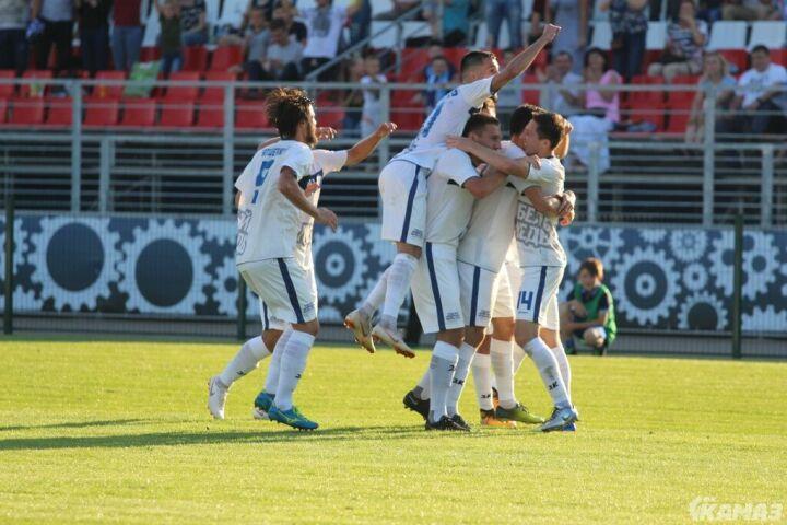 Футболисты «КАМАЗа» обыграли ульяновскую «Волгу»