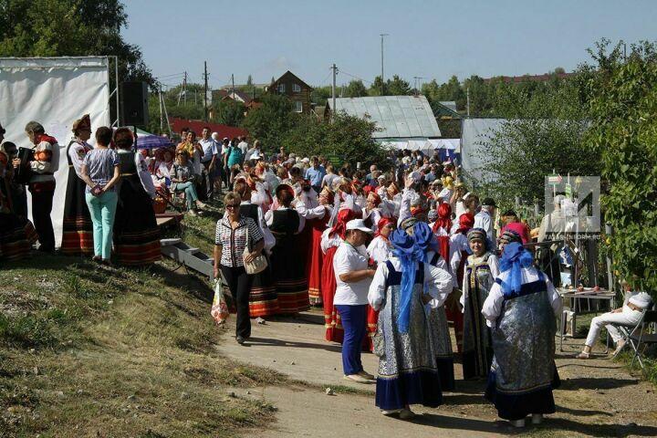 Яблочный Спас в Красновидово собрал две тысячи участников