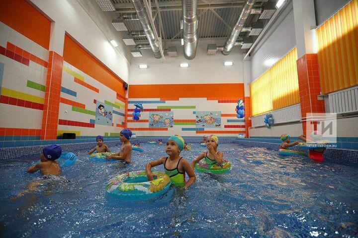 В районах Татарстана одновременно открылись семь новых бассейнов