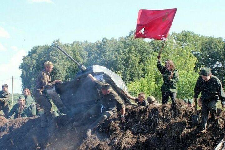 Байкеры, битва на Курской дуге, рок-шоу: в Спасском районе прошел фестиваль православной молодежи