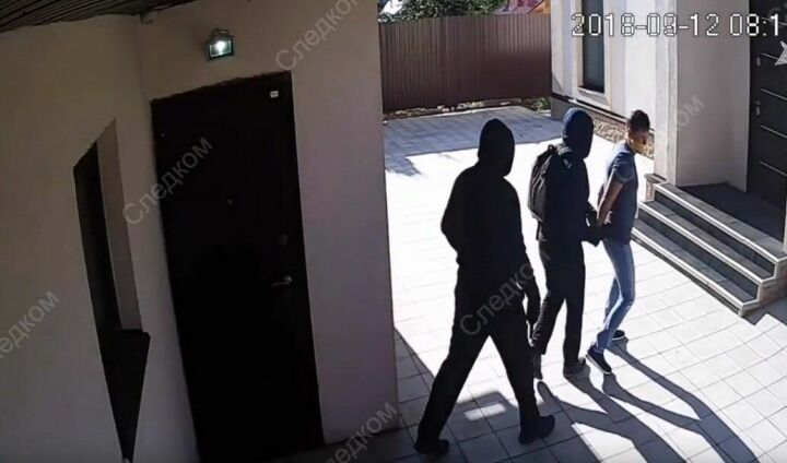 Следком РТ предоставил видео с камер наблюдения в доме бизнесмена из Бугульмы, убившего грабителей