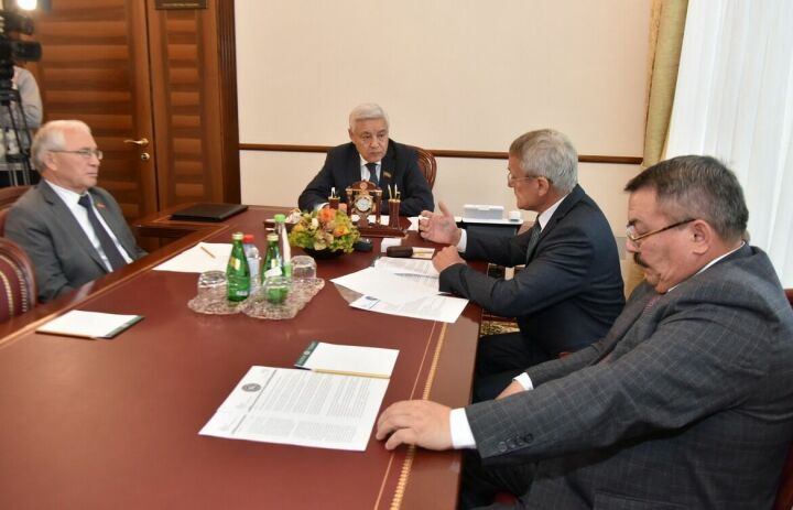 Фарид Мухаметшин заявил о необходимости сотрудничества Меджлиса татарских мурз с госорганами