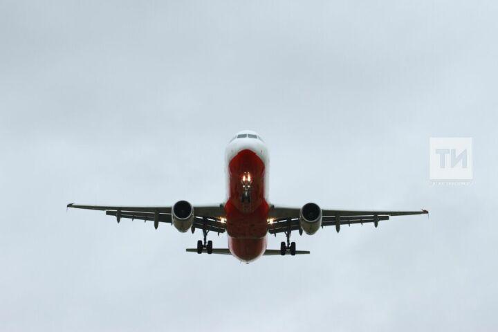 Летевший из Москвы в Казань самолет сделал 16 кругов перед посадкой