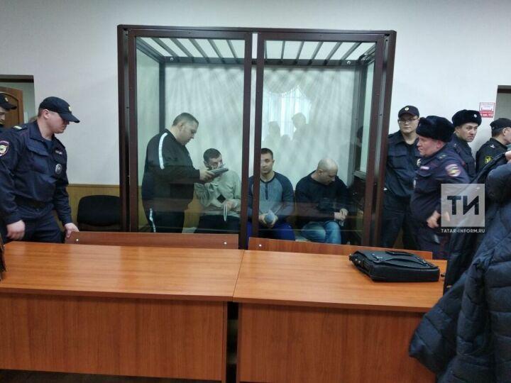 Обвиняемые в кражах с вертолетного завода в Казани не признают себя организованной группой
