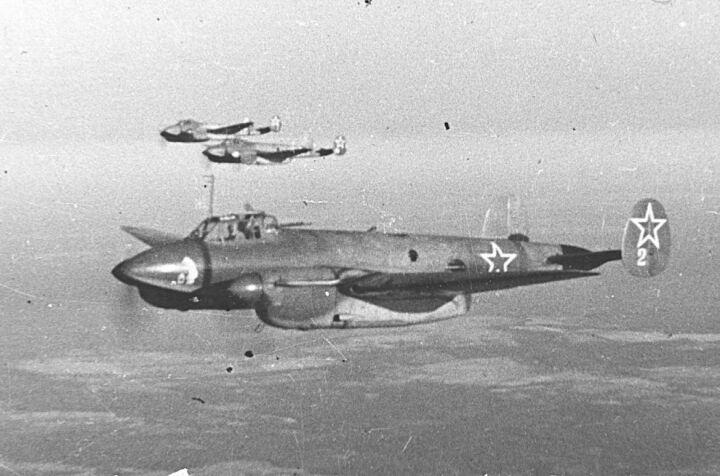 Собираемый в Казани из «родных» частей самолетов ВОВ Пе-2 может стать экспонатом нового музея Кремля
