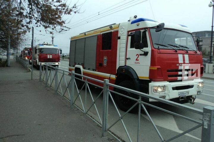 Из-за задымления из института международных отношений КФУ эвакуировались 28 человек