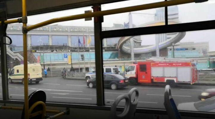 Торговые центры «Проспект» и «Кольцо» в Казани эвакуировали из-за Email о бомбе