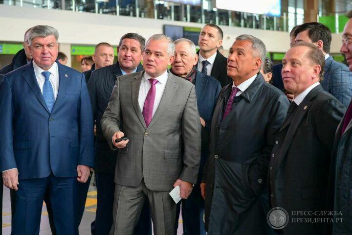 Минниханов предложил провести конкурс на лучшее оформление аэропорта «Бегишево»