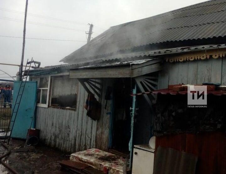 Курение в доме привело к пожару в Татарстане, в котором погиб пожилой мужчина