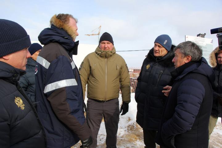 Глава ПСО «Казань» доложил Рогозину о ходе работ на космодроме Восточный