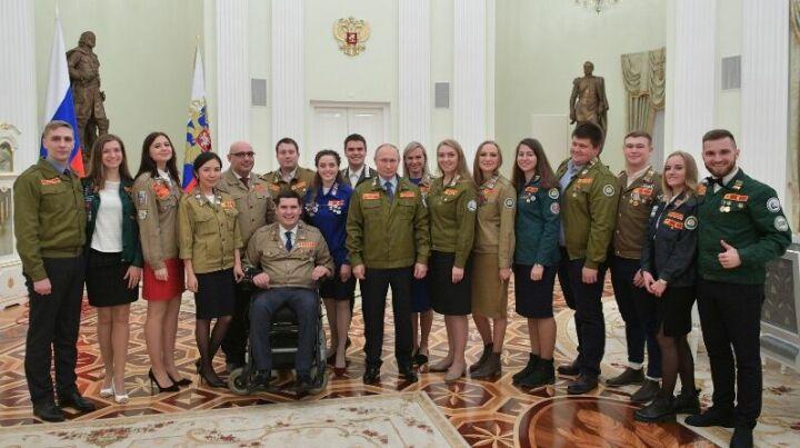 Студентка из Казани побывала на приеме у Путина, где он рассказал о поездках на целину