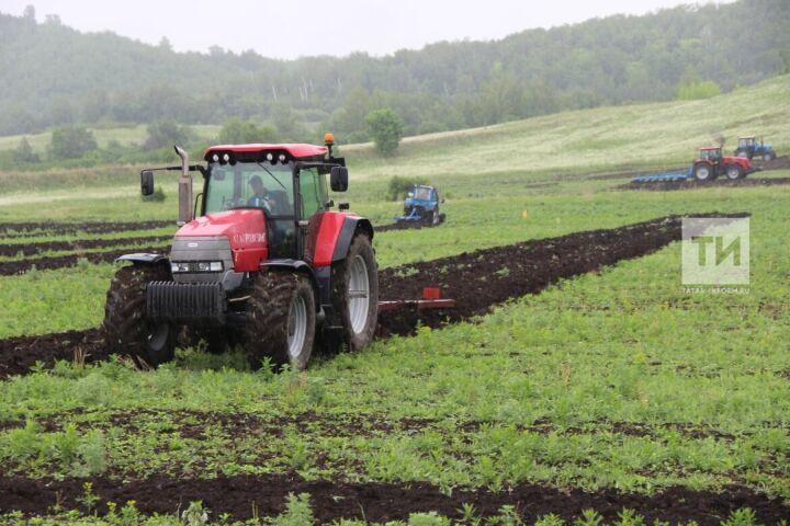 В хозяйствах Татарстана стартовала подготовка к полевым работам 2020 года