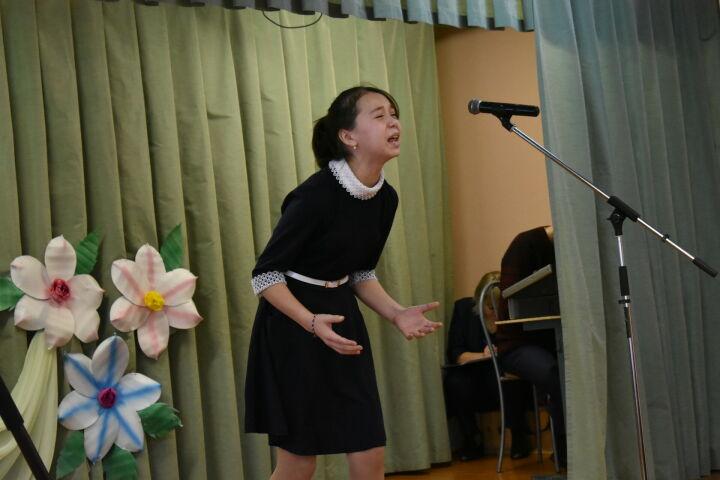 Стихи Джалиля на английском и чувашском прозвучали на конкурсе чтецов в Тетюшах