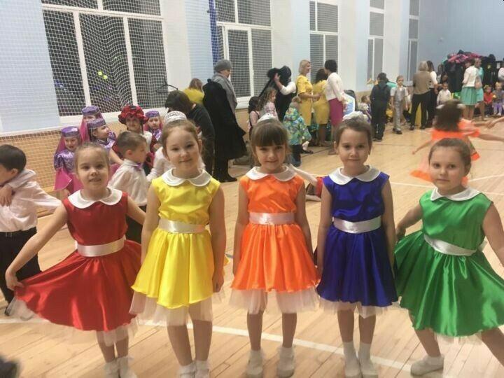 «Фабрика талантов» собрала более 350 юных дарований на главной сцене Заинского района