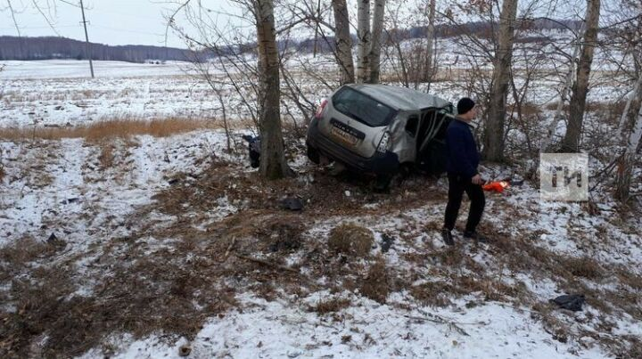 Жертвой ДТП с двумя легковушками в Татарстане стала врач Бавлинской ЦРБ
