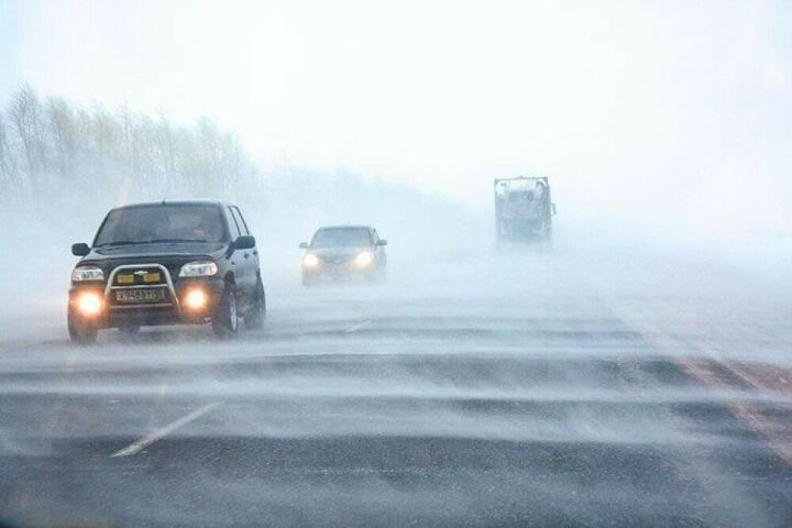 ГИБДД Татарстана призывает водителей быть внимательными в грядущую метель