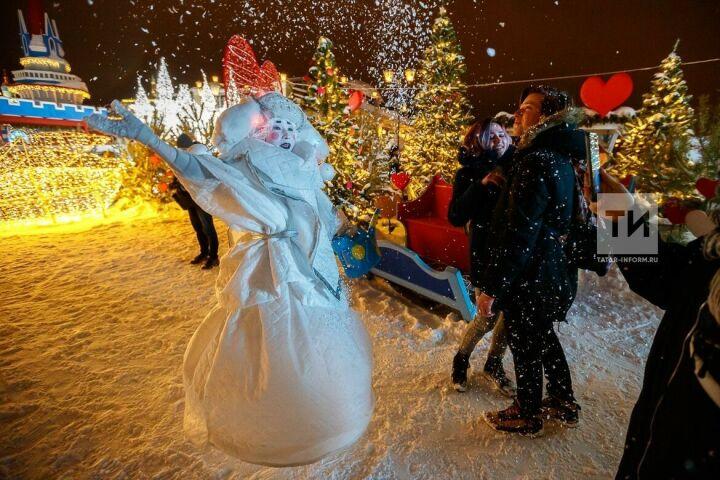 Ярмарка на Кремлевской набережной вошла в топ-5 интересных новогодних событий России