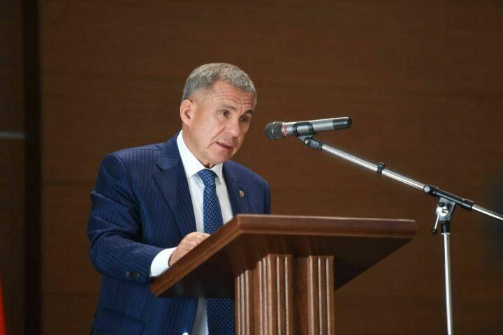 Рустам Минниханов: Вызывает тревогу рост числа заявлений о признании банкротами граждан