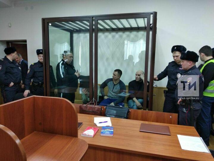 Похитителей запчастей от вертолетов с КВЗ суд приговорил к 22 годам колонии