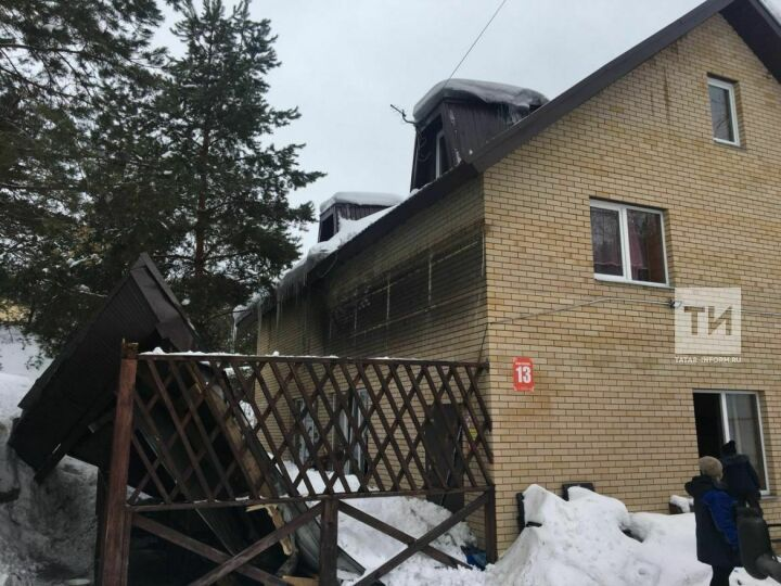 После обрушения крыши из-за схода снега на базе отдыха в Татарстане возбуждено уголовное дело