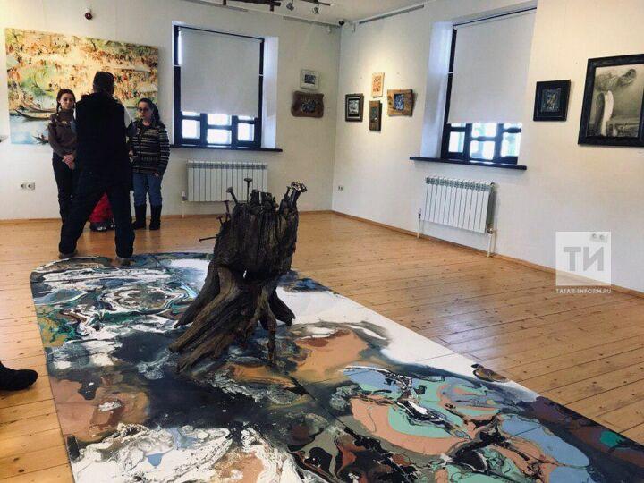 К 70-летию Рашит Сафиуллин открыл выставку своих работ о Свияжске