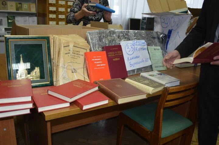 Личные вещи и труды профессора Агдаса Бурганова передадут лениногорской школе