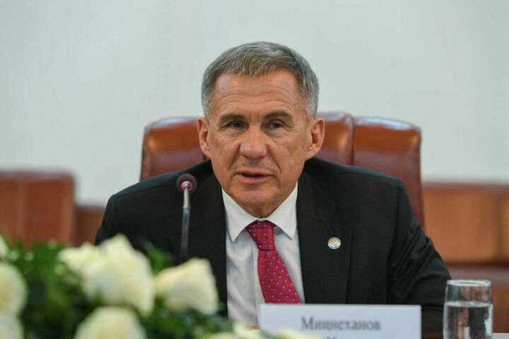 Президент Татарстана встретился с активом татарской общины Таджикистана