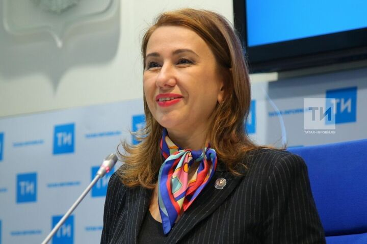 Ирада Аюпова поздравила работников культуры с профессиональным праздником