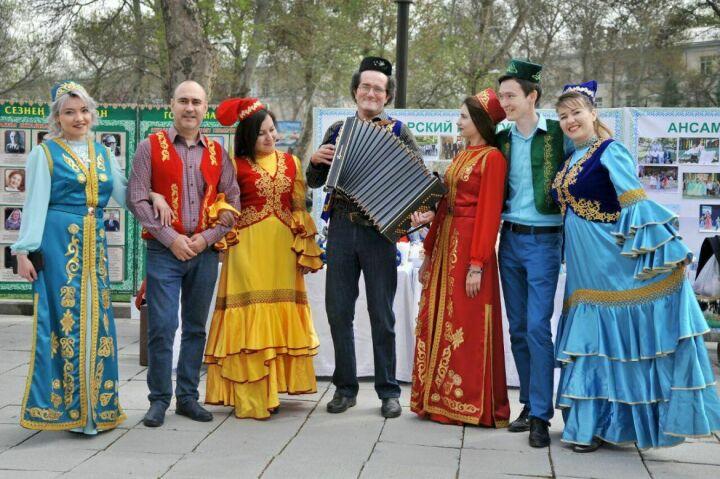 Татары Узбекистана устроили праздничные гуляния и концерты на празднике весны Навруз