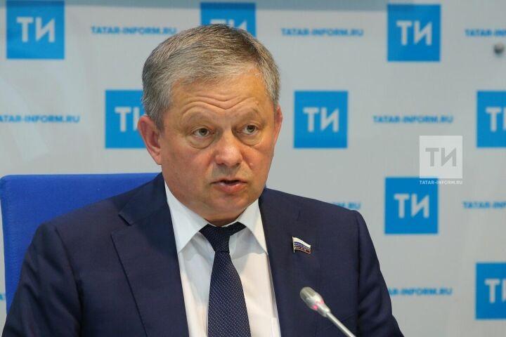 Марат Бариев поможет организовать в Казани сеанс игры вслепую на 50 досках шахматиста Тимура Гареева