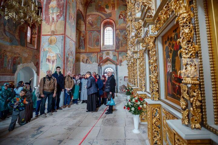 Внесенный в список ЮНЕСКО Успенский собор Свияжска принял первых туристов после 10 лет реставрации