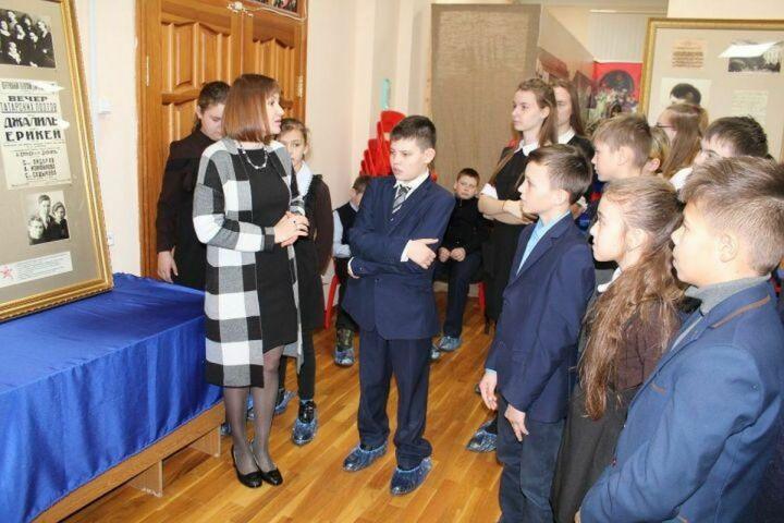 В музее Лаишевского края открылась передвижная выставка «Погибая, не умрет герой»