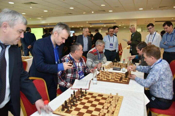 Судей будут судить арбитры: В Казани стартовал I Командный чемпионат по шахматам среди судов России