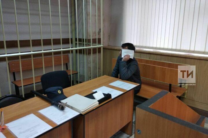 Мировой суд не стал арестовывать водителя иномарки, который сбил насмерть 18-летнюю девушку
