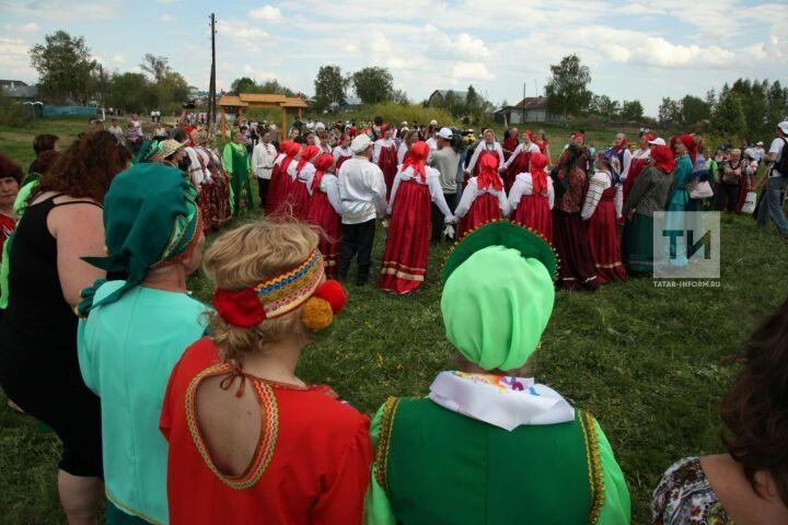 Более 1800 участников приедут нафестиваль русского фольклора «Каравон»
