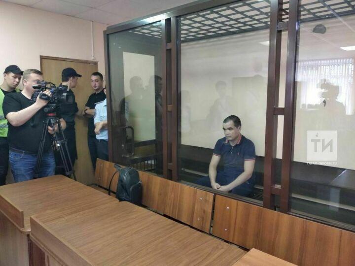 Суд отправил в колонию на три года водителя иномарки, сбившего насмерть 15-летнюю девочку в Казани