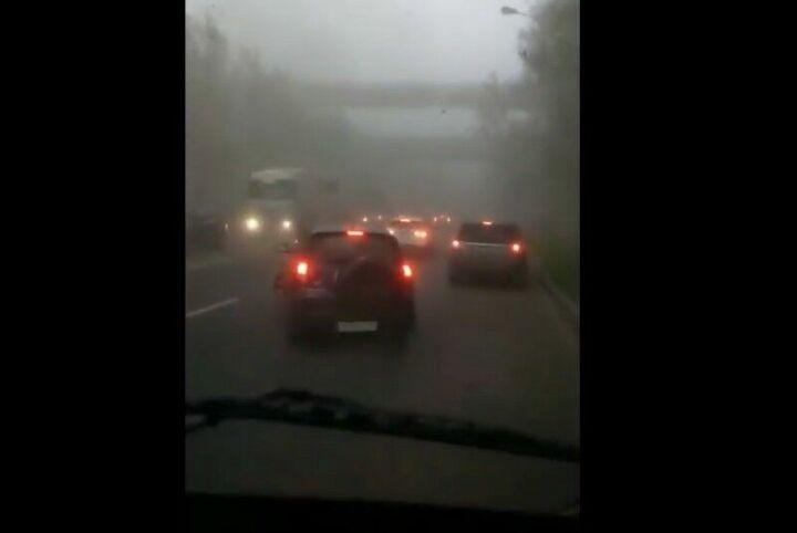 Появилось видео из эпицентра урагана в Альметьевске