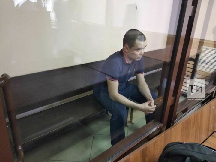 Суд начал рассматривать дело водителя, который сбил насмерть 15-летнюю девочку в Казани
