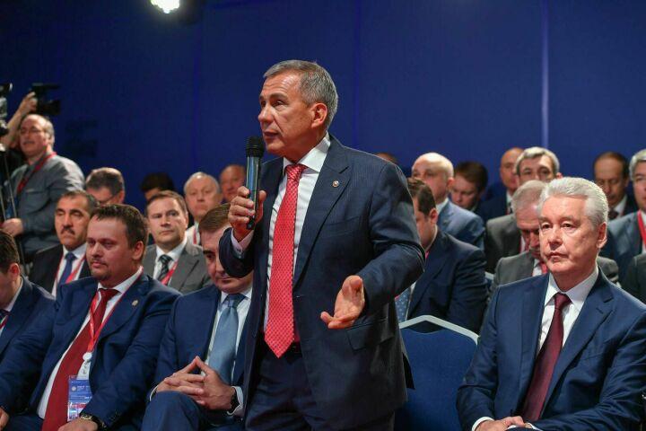 Минниханов назвал нефтехимию и газохимию основными точками экономического роста Татарстана